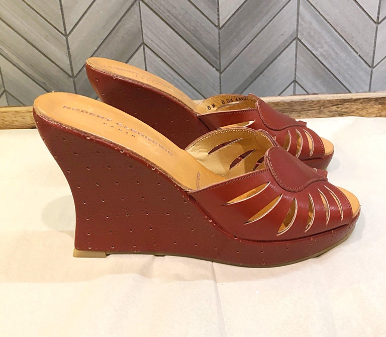 New Robert Clergerie Size 6.5 1990s Cordovan Red Brown Heart Slides Wedges Shoes For Sale 4
