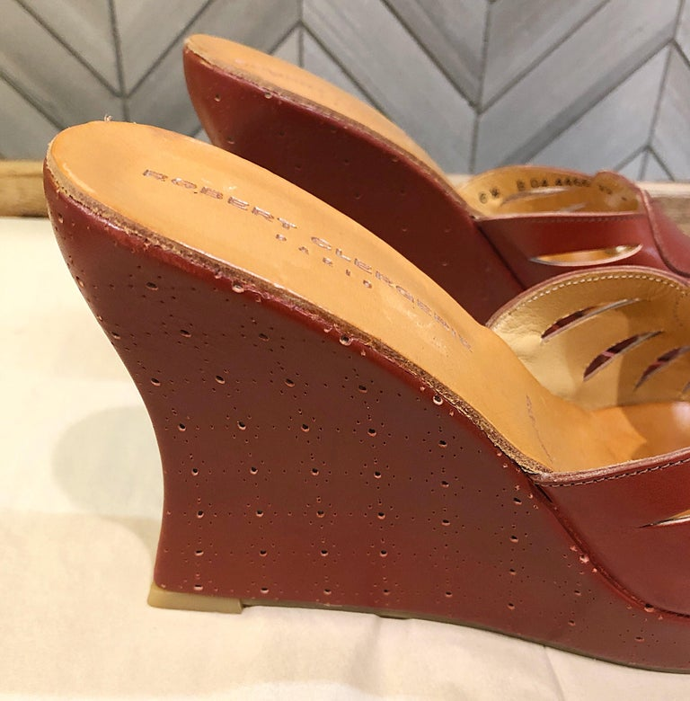 New Robert Clergerie Size 6.5 1990s Cordovan Red Brown Heart Slides Wedges Shoes For Sale 5