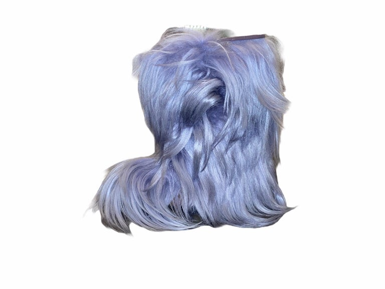 NEW See by CHLOE Moon Snow Winter Yeti Fur Boots For Sale 3