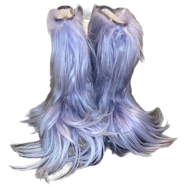 NEW See by CHLOE Moon Snow Winter Yeti Fur Boots For Sale