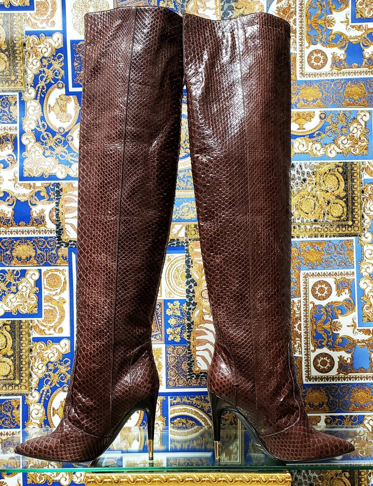 NEW TOM FORD BROWN ANACONDA OVER THE KNEE Boots 38.5 - 8.5 In New Condition For Sale In Montgomery, TX