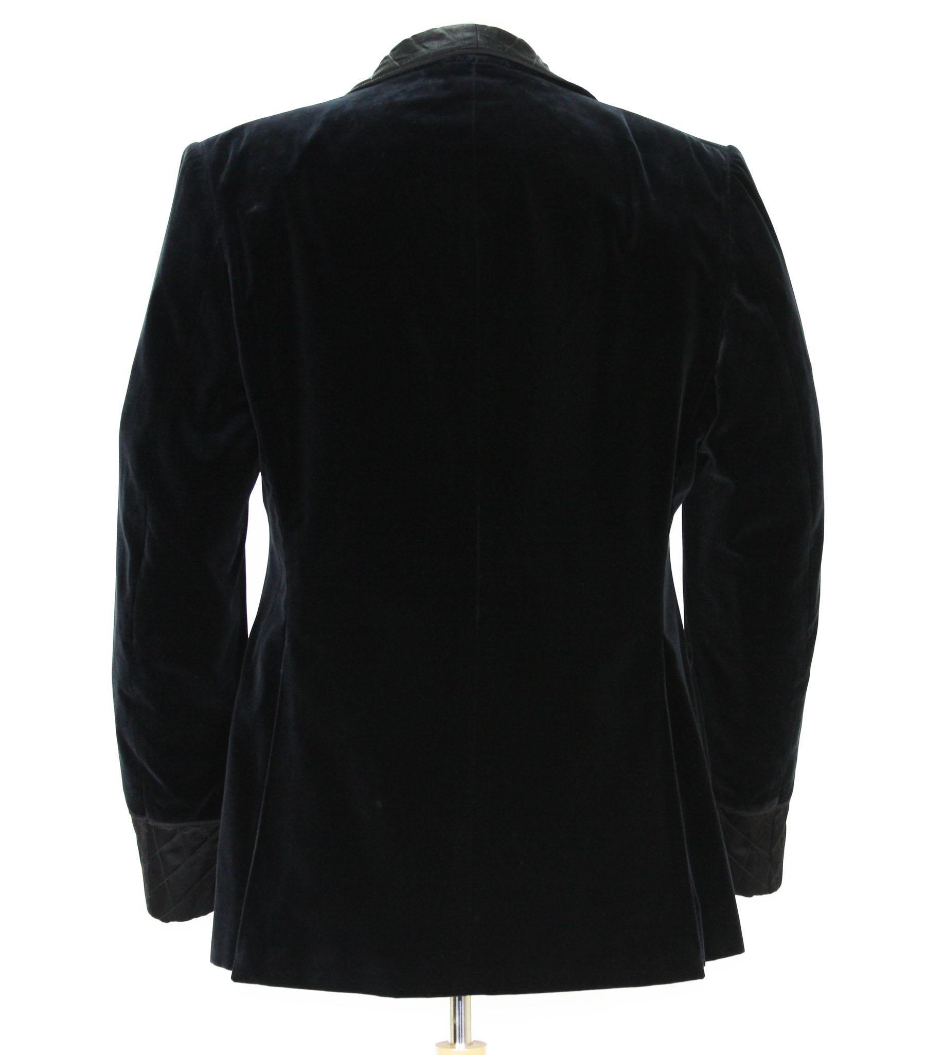 17aec9b46 New Tom Ford for Gucci Black Velvet Smoking Dinner Jacket It. 54 R- US 44 R  For Sale at 1stdibs