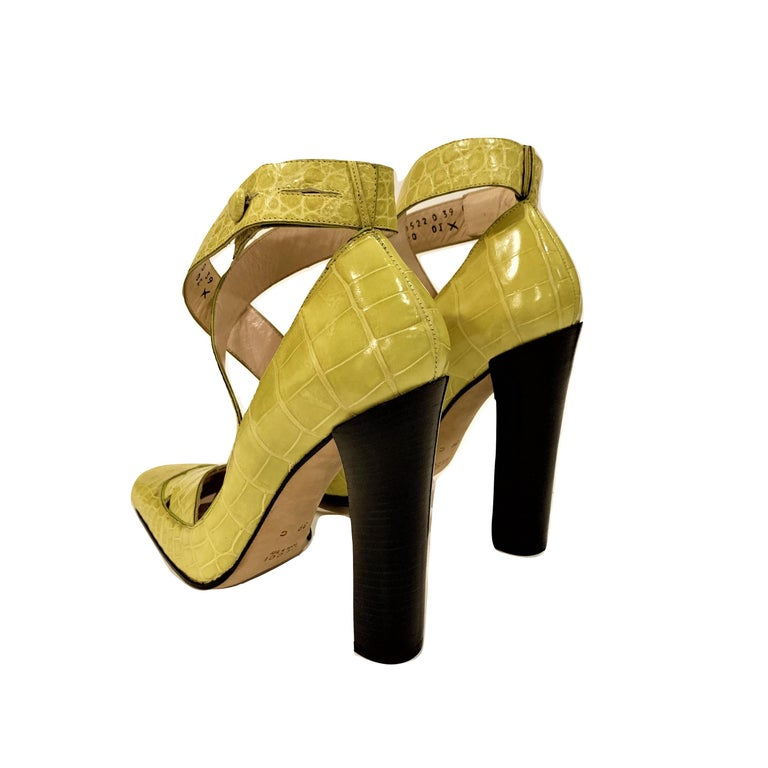 New Tom Ford for Gucci Crocodile Ballerina Heels Pumps in Light Chartreuse Sz 39 For Sale 14