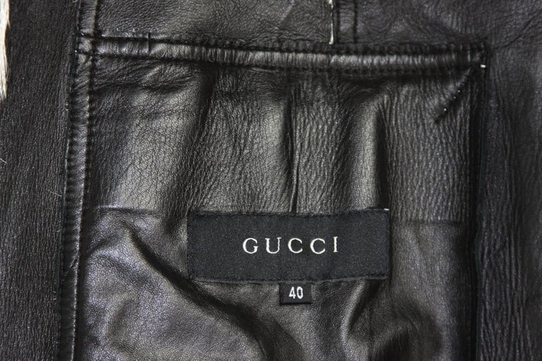New Tom Ford for Gucci F/W 1999 Fur Cream Black Jacket Blazer Italian size 40 For Sale 2