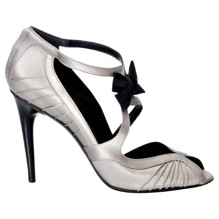 New Tom Ford for Gucci Satin Runway Sarah Jessica Parker Heels Pumps Sz 8.5 For Sale