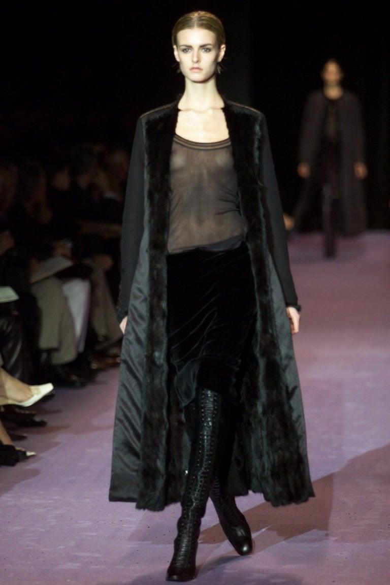 Black New Tom Ford For Yves Saint Laurent YSL F/W 2001 Velvet Runway Ad Skirt Sz Fr36 For Sale