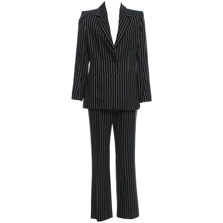 New Tom Ford For Yves Saint Laurent YSL Pinstripe Pantsuit Suit FR40 6/8 In New Condition For Sale In Leesburg, VA