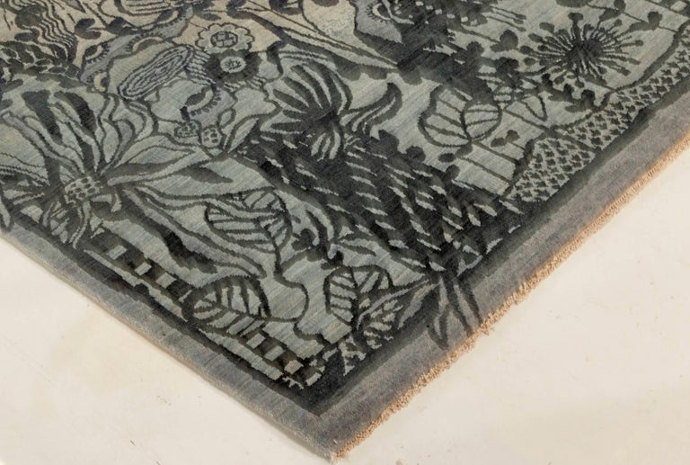 New Traditional Inspired Rug In New Condition For Sale In New York, NY