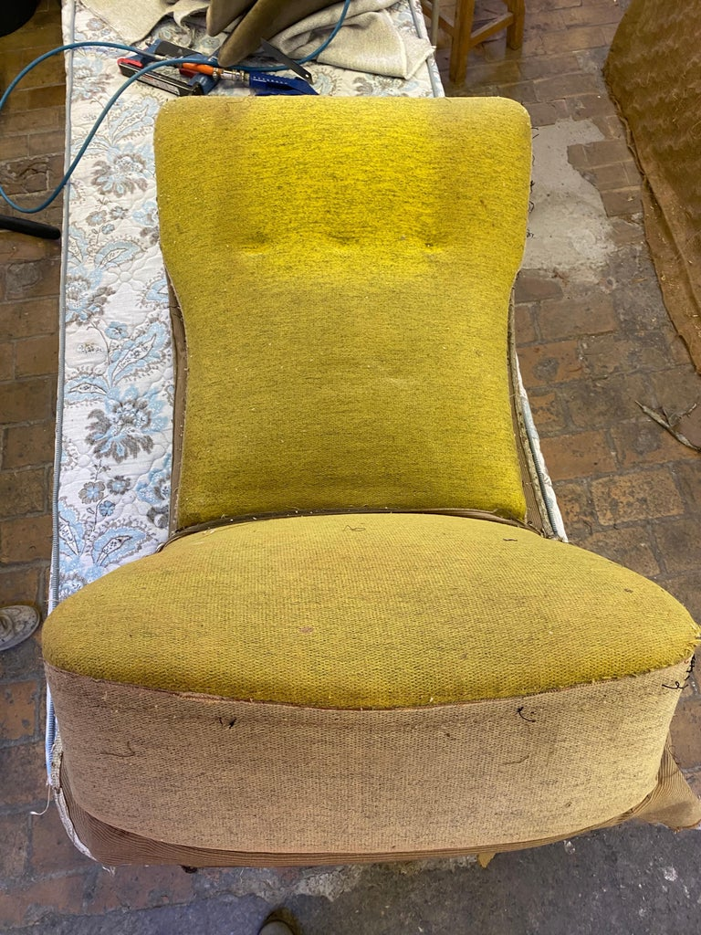 New Upholstery Theo Ruth Model 105 Lounge Chair, Artifort, 1957, the Netherlands For Sale 4
