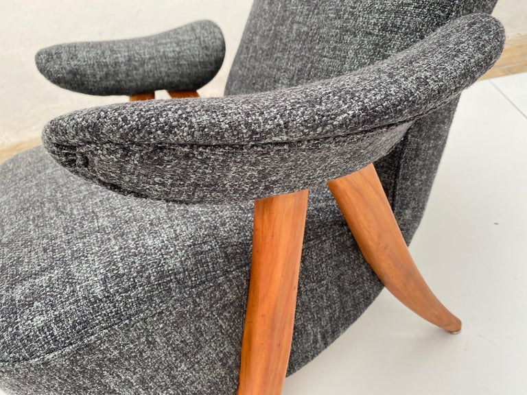 Mid-Century Modern New Upholstery Theo Ruth Model 105 Lounge Chair, Artifort, 1957, the Netherlands For Sale