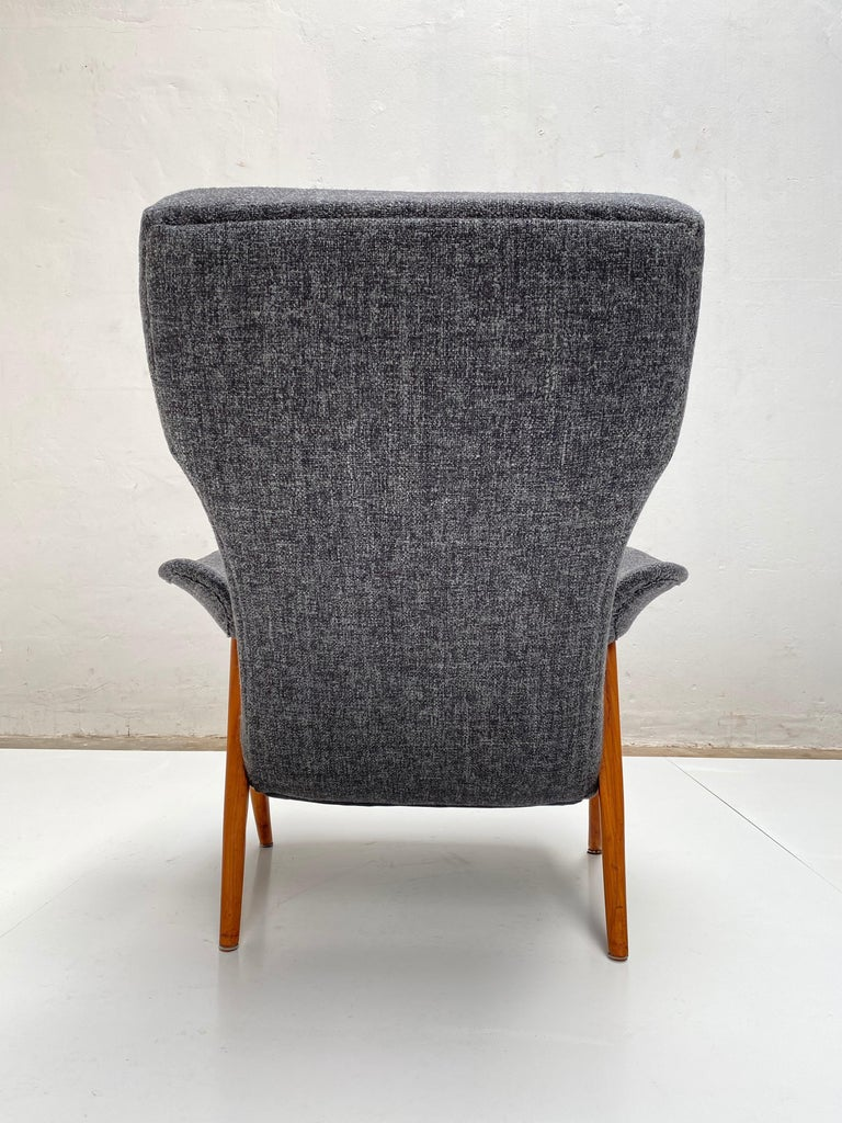 Birch New Upholstery Theo Ruth Model 105 Lounge Chair, Artifort, 1957, the Netherlands For Sale