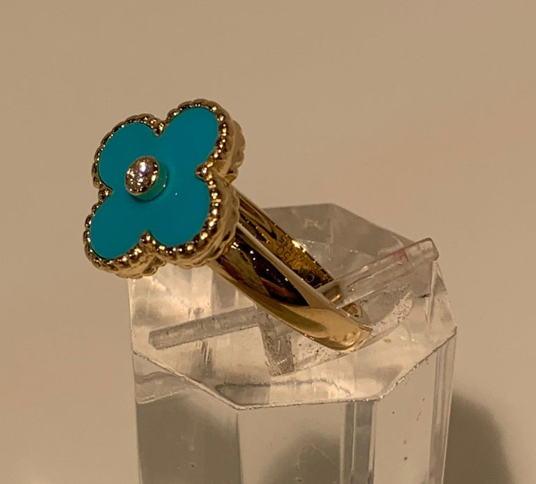 New Van Cleef & Arpels Vintage Alhambra Collection Diamond Turquoise Flower Ring For Sale 4