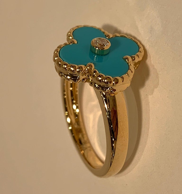 Women's New Van Cleef & Arpels Vintage Alhambra Collection Diamond Turquoise Flower Ring For Sale