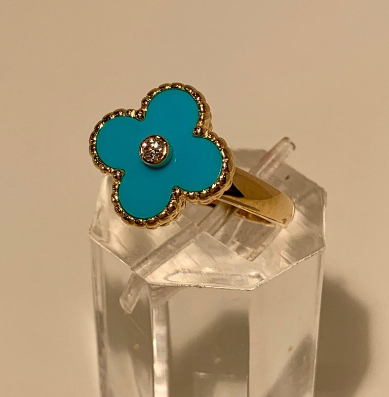 New Van Cleef & Arpels Vintage Alhambra Collection Diamond Turquoise Flower Ring For Sale 2