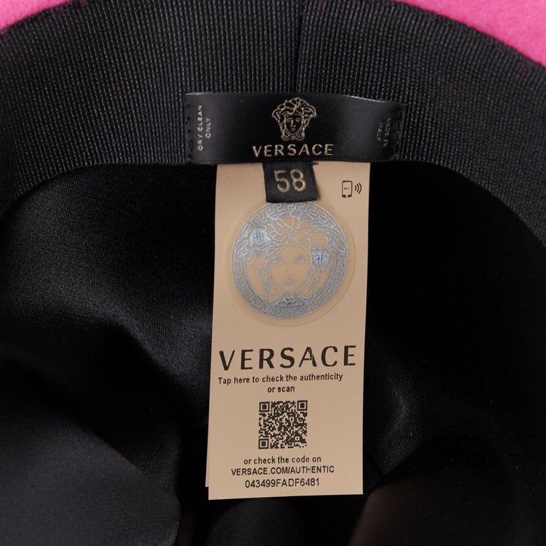 new VERSACE 2020 Runway Gianni GV Signature pink wool Medusa cowboy hat EU58 For Sale 6
