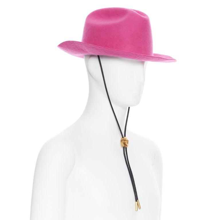 new VERSACE 2020 Runway Gianni GV Signature pink wool Medusa cowboy hat EU58 For Sale 1