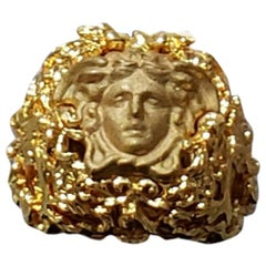 NEW VERSACE 24K GOLD PLATED MEDUSA RING with BLACK size 7 as seen on Tyga