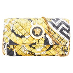 new VERSACE AW19 black white Greca gold baroque print quilted leather Medusa bag