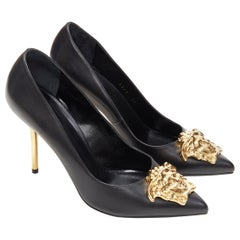 new VERSACE black calf leather champagne gold Medusa pointy pigalle pump EU39