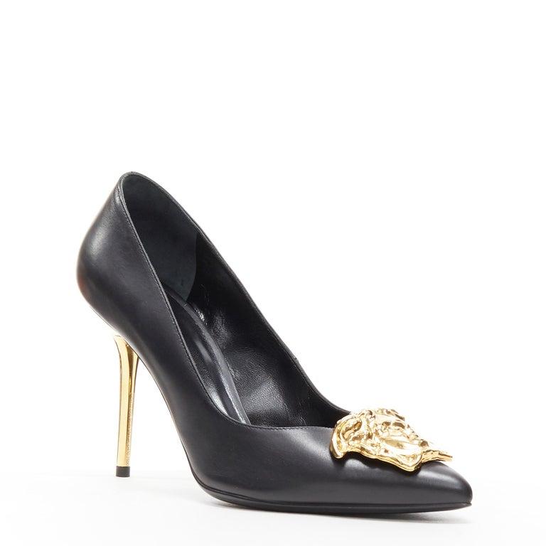 Black new VERSACE black calf leather gold Medusa metal heel pointy pigalle pump EU40 For Sale