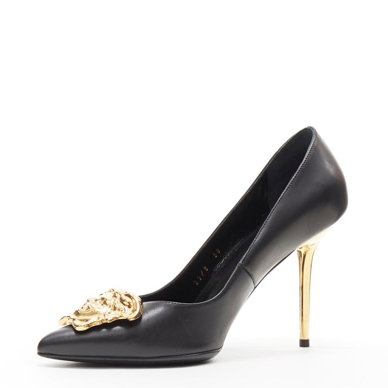 Women's new VERSACE black calf leather gold Medusa metal heel pointy pigalle pump EU40 For Sale