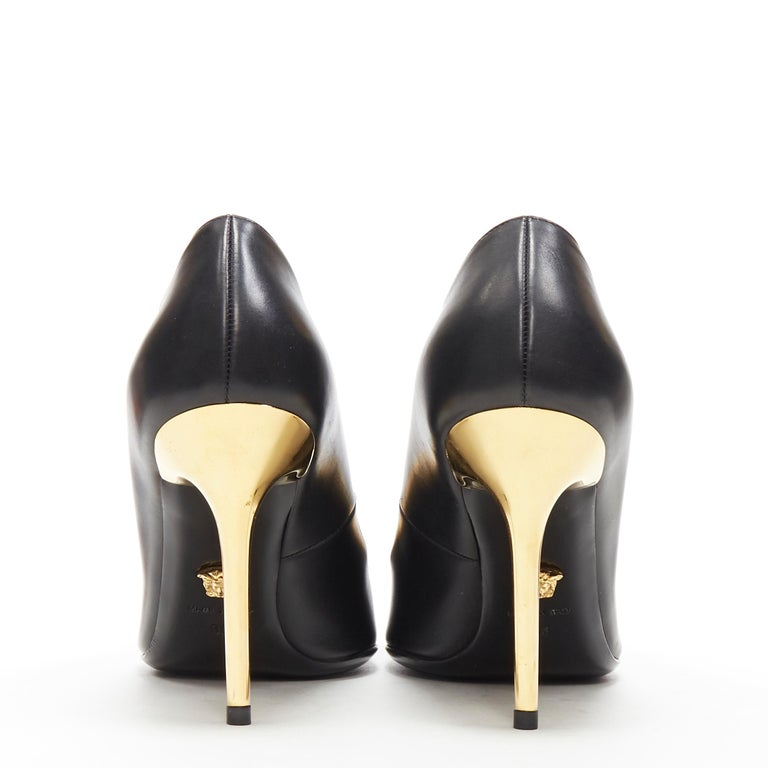 new VERSACE black calf leather gold Medusa metal heel pointy pigalle pump EU40 For Sale 1