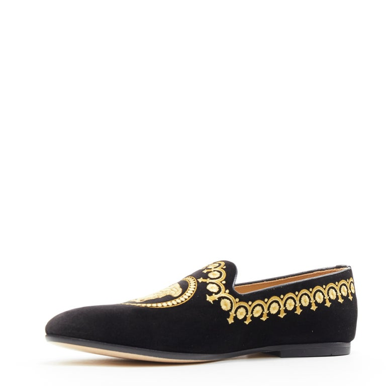 new VERSACE black vekvet Medusa baroque embroidery smoking slipper loafer EU42 In New Condition For Sale In Hong Kong, NT