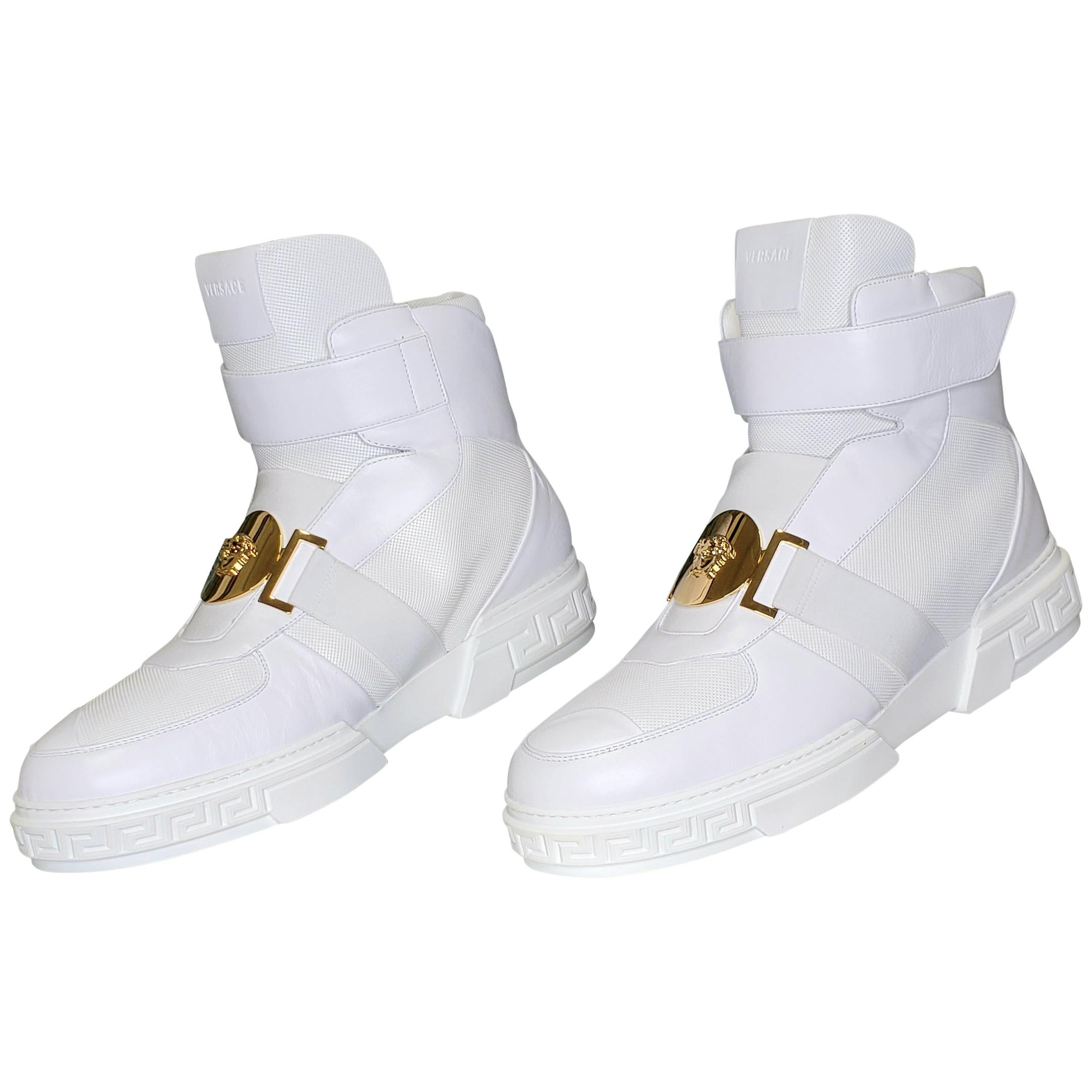 WHITE LEATHER SNEAKERS GOLD MEDUSA 46