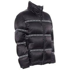 new VERSACE Nastro Stampa black logo ribbon goose down padded jacket IT48 M