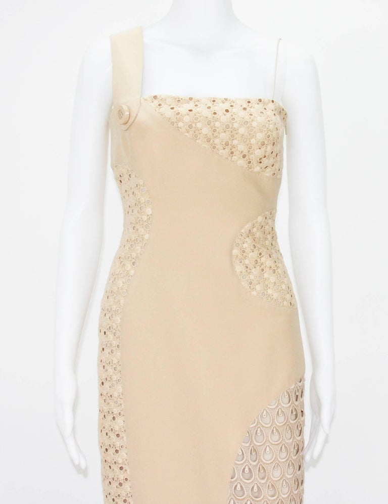 Women's New Versace Nude Crocheted Cotton and Silk-Cady One-Shoulder Dress 40 For Sale