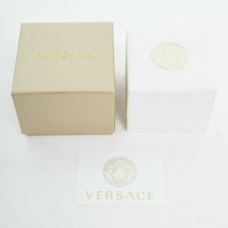 new VERSACE Palazzo Medusa head gold plated signature simple band ring 8 For Sale 2
