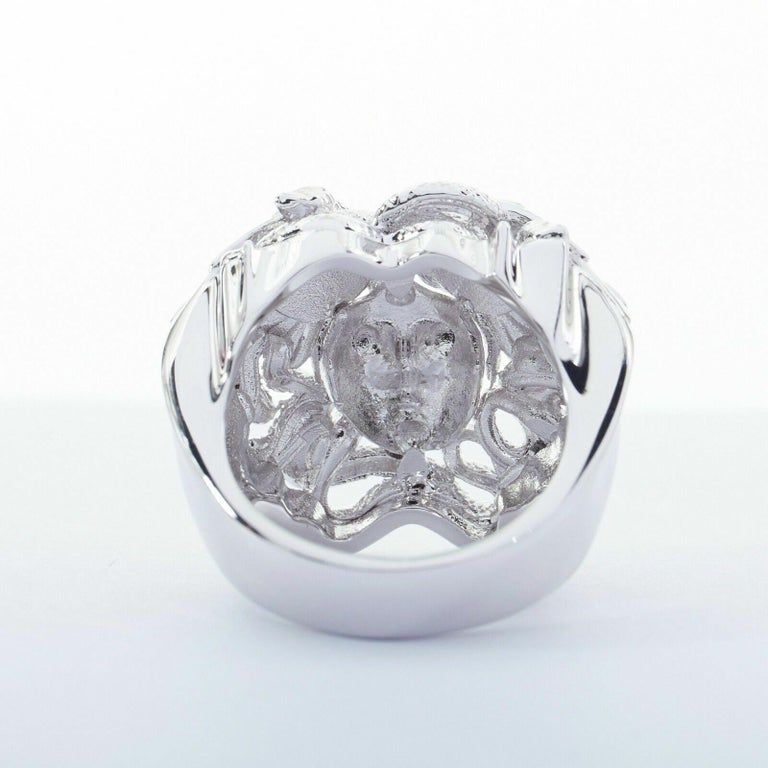 new VERSACE Palazzo Medusa snake head silver large statement cocktail ring 10.75 For Sale 1