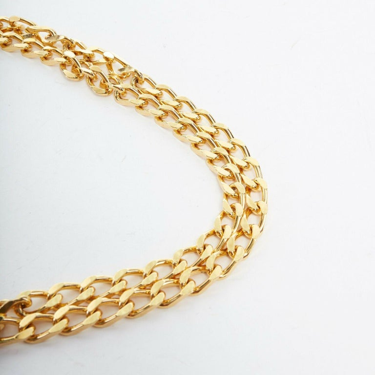 Women's new VERSACE polished gold Medusa medallion triple halo chunky chain necklace For Sale