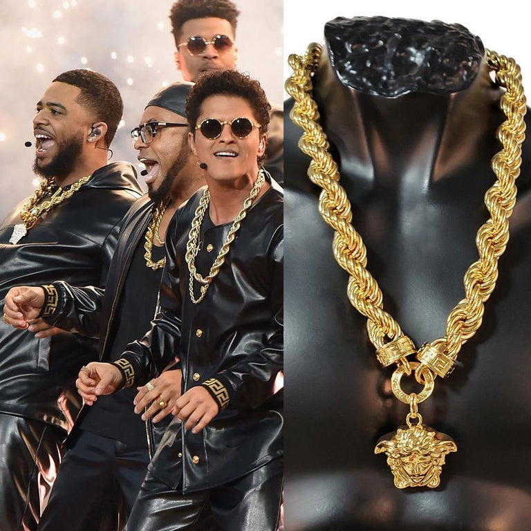 New Versace Runway 24K Gold Plated Medusa Chain Necklace as seen on Bruno Mars For Sale 11