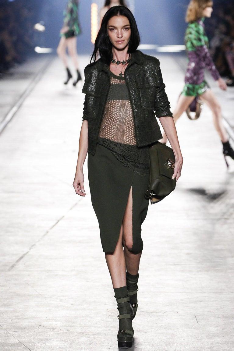 New Versace S/S 2016 Gigi Hadid  Medusa Runway Ad Heels Platform Pumps Sz 36.5 In New Condition For Sale In Leesburg, VA
