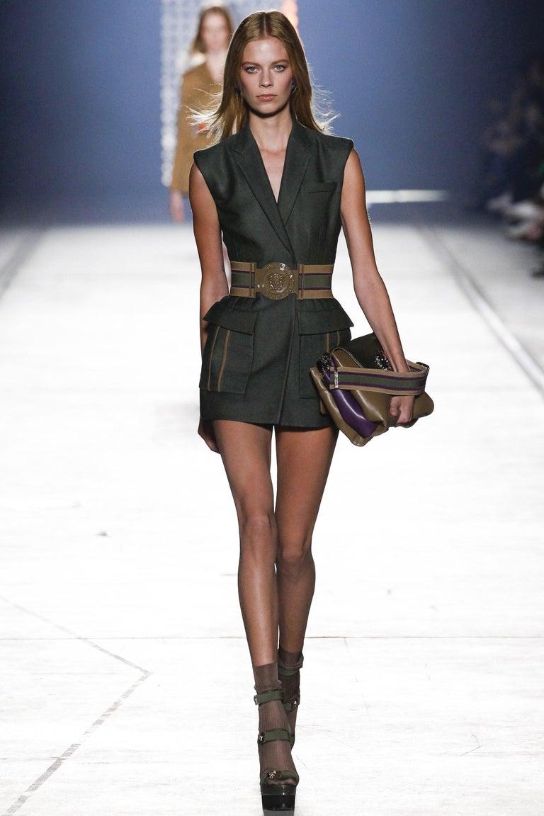 New Versace S/S 2016 Gigi Hadid  Medusa Runway Ad Heels Platform Pumps Sz 36.5 For Sale 3