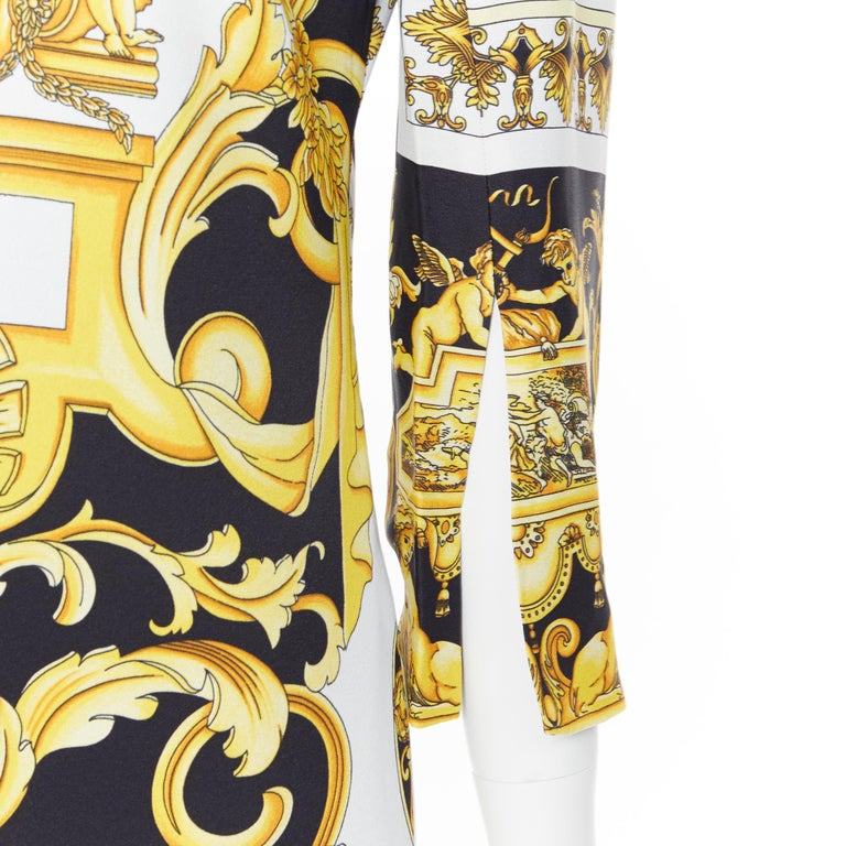 new VERSACE Signature Baroque Cherub Medusa printed viscose shift dress IT40 S Brand: Versace Designer: Donatella Versace Collection: 2019 Model Name / Style: Baroque dress Material: Viscose Color: Gold, black Pattern: Floral Closure: Zip Extra