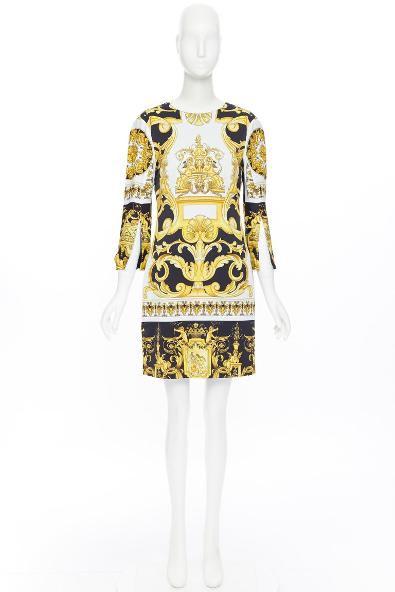 Beige new VERSACE Signature Baroque Cherub Medusa printed viscose shift dress IT40 S For Sale