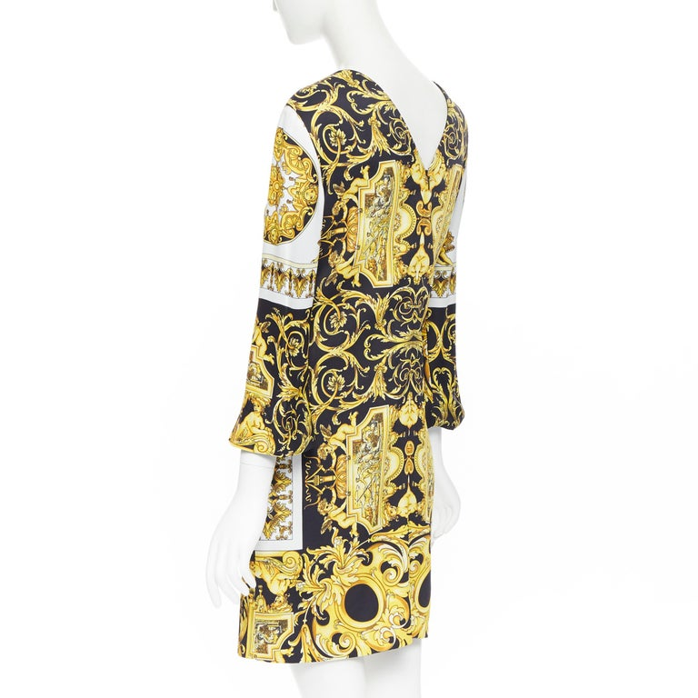 new VERSACE Signature Baroque Cherub Medusa printed viscose shift dress IT40 S For Sale 2