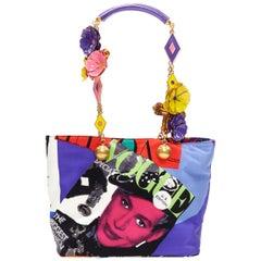 new VERSACE SS18 Tribute 1990 Pop Art Vogue print 3D enamel flower chain tote