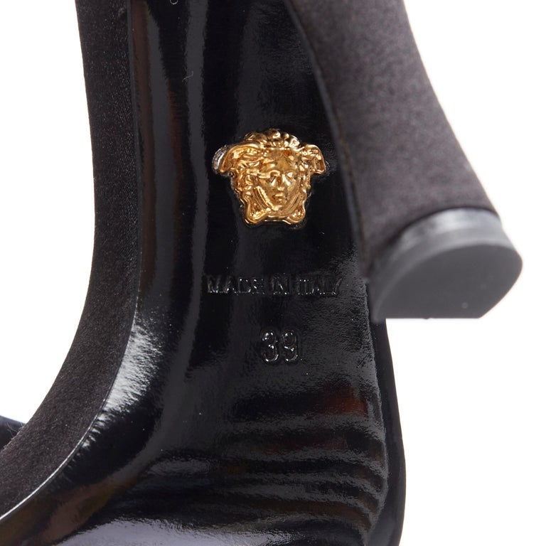 new VERSACE Tribute black strass crystal gold Medusa buckle strappy sandal EU39 For Sale 6