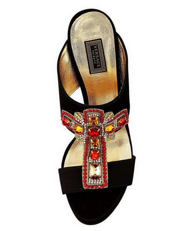 Women's New Versace Tribute Crystal Embellished Cross Black Satin Heel Mule Pump 38 - 8 For Sale