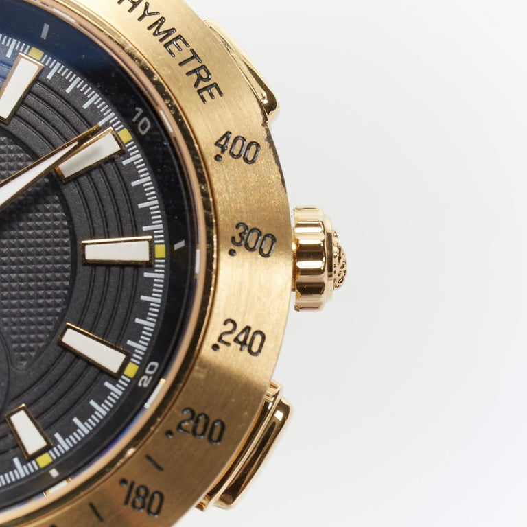 new VERSACE V-Race Sport Gold gold stainless steel quartz analog men's watch For Sale 2