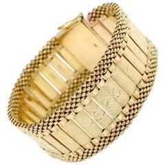 New Victorian Style Design 14 Karat Yellow Gold Cuff Bracelet 51 Grams
