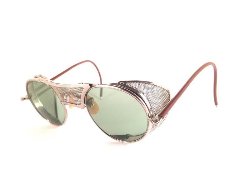 New Vintage Bausch & Lomb Goggles Steampunk 1950's Collectors Item Sunglasses  In New Condition For Sale In Amsterdam, Noord Holland