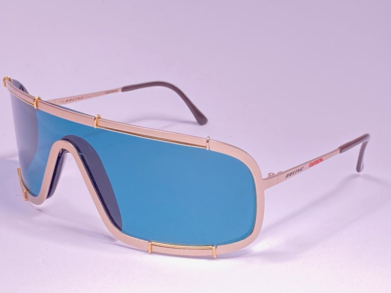 New Vintage Boeing by Carrera Mono Mask Gold Turquoise Sunglasses Austria In Excellent Condition For Sale In Amsterdam, Noord Holland