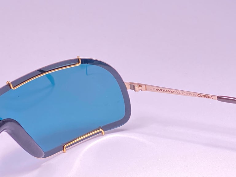 New Vintage Boeing by Carrera Mono Mask Gold Turquoise Sunglasses Austria For Sale 1