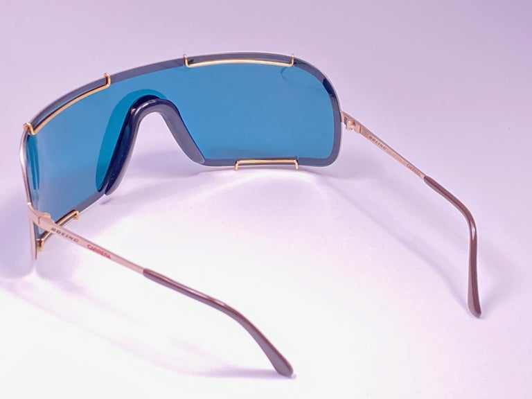 New Vintage Boeing by Carrera Mono Mask Gold Turquoise Sunglasses Austria For Sale 2