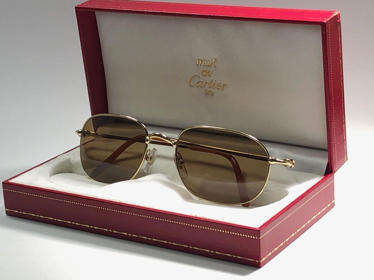 New Vintage Cartier Vesta 56mm Gold Plated Frame France 1990 Sunglasses For Sale 6