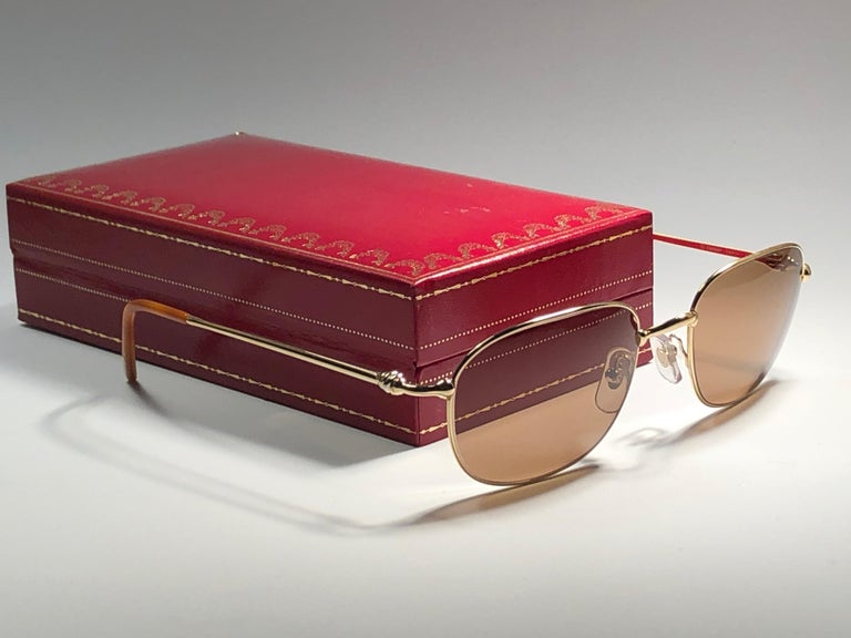 New Vintage Cartier Vesta 56mm Gold Plated Frame France 1990 Sunglasses For Sale 4